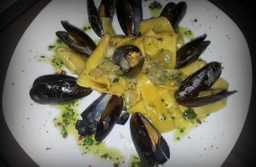 Pasta with mussels
